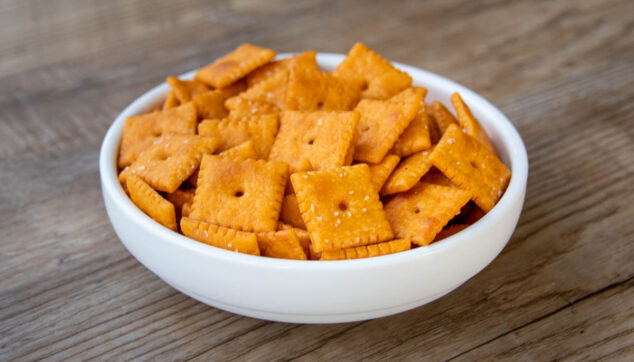 bowl of Cheez Its