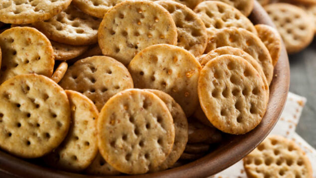 wheat crackers in a bowl