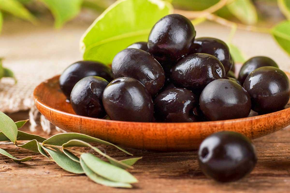 black olives in a bowl